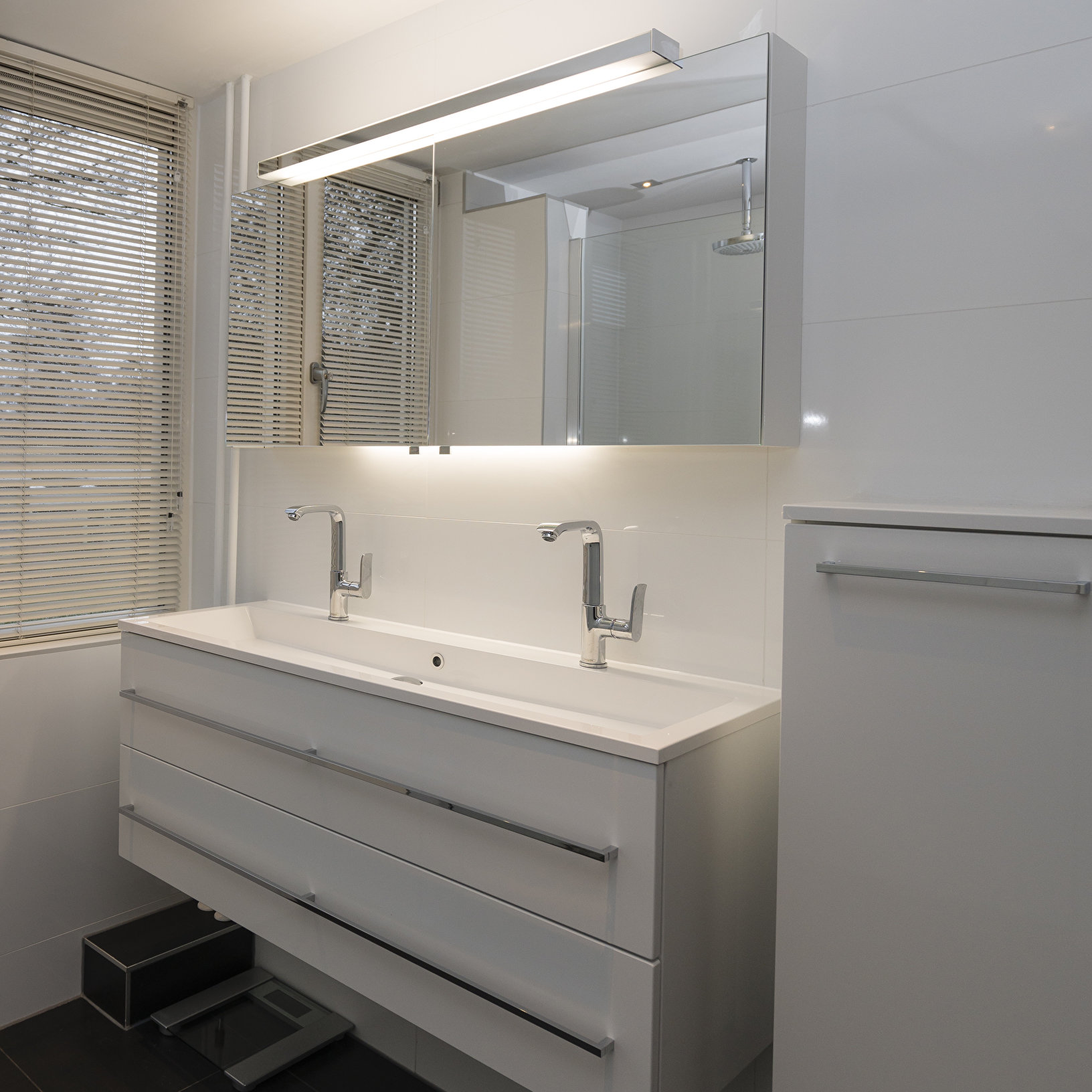 badkamer zoetermeer wastafel met spiegel